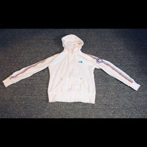 Northface women's hoodie in great used condition!